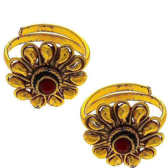 To order this pair of toe rings whatsapp us on + 91 8888893938 or else visit our website: anuradhaartjewellery.com   #toeringsonline #adjustabletoerings #legfingerring #toeringdesigns #diamondtoerings #toejewelry #toeringsforsale #fittedtoerings #fancytoeringsonline #cutetoerings #toeringsonlineshopping #toeringsforwomen #buytoeringsonline #footfingerring #buytoerings #cheaptoerings #nonadjustabletoerings #ropo-style #roposofasion #roposojewel