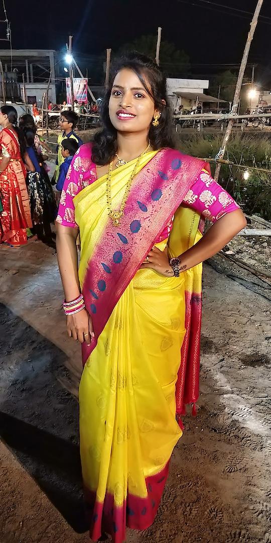 festive mode on #saree #festival #festivalfashion #indian-festival