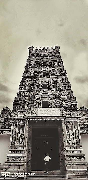 Temple going is for the purification of the soul..! #temple #temples #oldtemple #heritage #power #history #retro #telangana #god #templephotography #devotional #devotion #oneplus #shotononeplus #india #hyderabad #spiritual #spirituality #worship #photography #photographylife