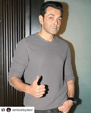 He looks sexy even today.... #Repost @iambobbydeol (@get_repost) ・・・ #throwbackthursday from #posterboys promotions #hercreativepalace #bollywoood #blogger #starsspotying #promotionaldiaries #bobbydeol #bollywoodblogger #movie #hindi #cinema #kanikasharma #Delhi #India #hcpkanika