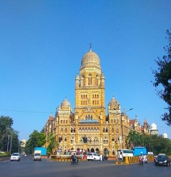Chalo Mumbai Darshan Pic-1  In pic- BMC Headquarter  #Mumbai #Mumbaiya #bombaytimes #bombay #mumbaidiaries #mumbaikar #chalomumbai #beautifuldestinations