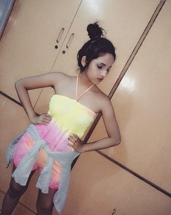summer style#my new lookbook#jumpsuitlook#shortdress#huddy#stunningwear#makeup#poseforcamera#lovethis#colorfulldress#glamrous_girl♡♡#roposoblogger##ropo-love #bloggerlife #fashionlover #mumbai #followme #ootd #love #trendy #indianfashionblogger #maternitystyle #maternityfashion #maternitywear ##ropo-love #bloggerlife #fashionlover #mumbai #followme #ootd #love #trendy #indianfashionblogger #maternitystyle #maternityfashion #maternitywear #preggofashion  #preggonista #fashionista #styleblogger #fashionbump #styleyourbump   #preggonista #fashionista #styleblogger #fashionbump #styleyourbump