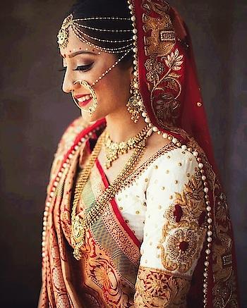 ગુજરાતી ઘરચોળાની સાડી.😍 #gujaratistyle #bridal-jewellery #bridal-wear #bridal-outfit #beautiful-jewelry #embroidery #rangoli #gujarat #gujaratis