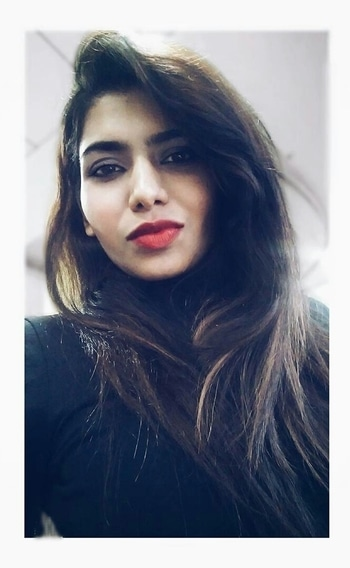 #portrait #selfie #redlips #redlipstick #redlipsticklover #selfienation #hair #beauty #roposodaily #roposo #soroposo