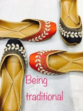 buy punjabi jutti @+918053462088 #carnival#happyshoes#brightshoes#prettyinpink#wedmegood#instashoes#instalike#instashop#instagood#summershoes#summerhues#indianbride#indianshoes#handcrafted#handmadeshoes#jutti#khussa#mojri#mohali#Chandigarh#delhi#canadapunjabi#usa#jutties#punjab#goa#boutique#butterfly #punjabijuttis  #punjabijuttis  #punjabijutti #punjabijuttiforladies #fulkarijutti #leatherpunjabijutti
