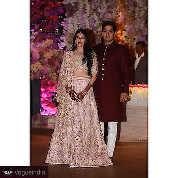 #Repost @vogueindia • • • • • #ShlokaMehta and #AkashAmbani pose for pictures outside the Ambani residence with family on the occasion of their engagement.#fashion #fashionblog #fashionblogger #styleblogger #stylist #stylechallenge #fashionlifestyle #styleblogger  #fashionblogger #fashionchallenge #indiastyle #fashions #fashiondiaries #Aboutlastsunday #lovemyjob #delhidiaries #delhistyleblog #delhistylist #follows #followtrain #followforfollow