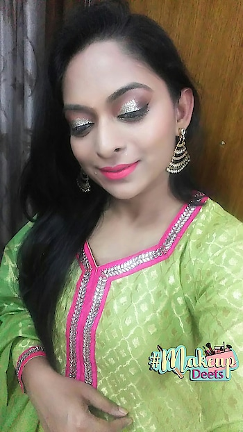 Diwali Look . #lookgoodfeelgood  #rangoli #wow #eye-makeup #makeuponpoint #makeuponfleek  #fashionquotient #diwaliparty #roposodiwali #captured #wow #ropsocontests #roposoblogger #punjabiway #celebrations #twinklewithmystyle #saree-georgette #sareelook #desi #ethnicvibes #roposostars
