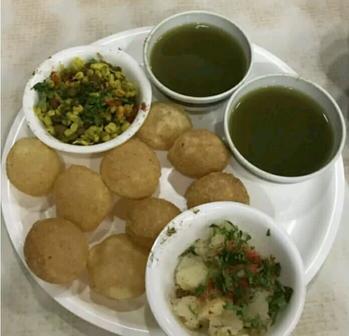 #golgappachallenge #golgappes #panipuri #ropo-foodie #fooding #ropo-foodie #himachaliblogger 💕💕💕💕