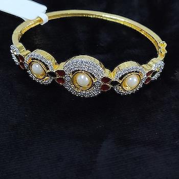 #jewelry #jewelryaddict #jewelrydesign #jewelrydesigner #jewelrylover #jewelrylove #jewelrylovers #jewelryoftheday #jewelrybox #jewelrystore #jewelryporn #jewelrymaker #jewelryshop