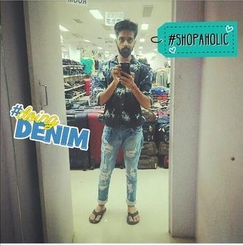 #shoppingtherapy #denimondeni #experimentalfashion #allblue #alldenim #shopaholic #denim 😍😍