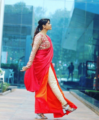 This beautiful double-shade contemporary saree is bae 😍 #sareelove #sareelook #doubleshade #contemporarylook #fq  Featuring Himanshi Jain, Source credits: Indian Fashion Bloggers