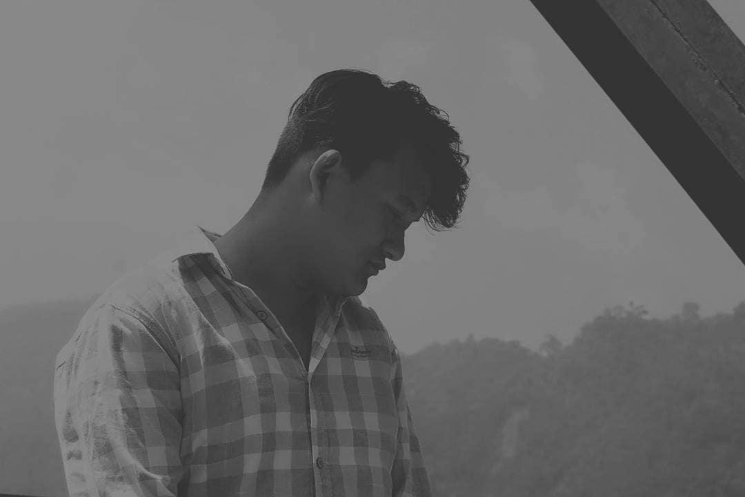 #thisisme #photo #portrait #mountains #blackandwhite #beautifull #world #blackandwhite #beautifull #travelldaries #lifeistooshorttohatesomeone #spreadinglove #since #1998 #gautamrana @imsogautamrana  #travel