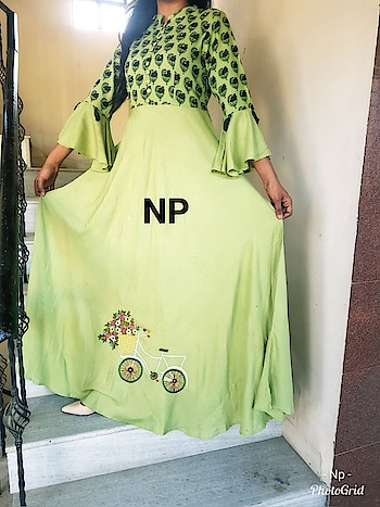 #RESTOCKED.....😍😍#  Premium heavy reyon gown with bell sleeves & tassels on sleeves & beautiful cycle embroidery on bottom with jaipuri printed top. Lenght -52  *Size 38 40 42 44*  Note ➡Despatch on Monday .  First pay first get .... Limited stock   *price-1450+$* M