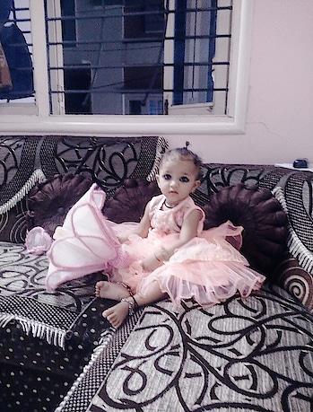 #baby girl #cute #cutiepie #lil sista #sisterlove #sisterhood #sista