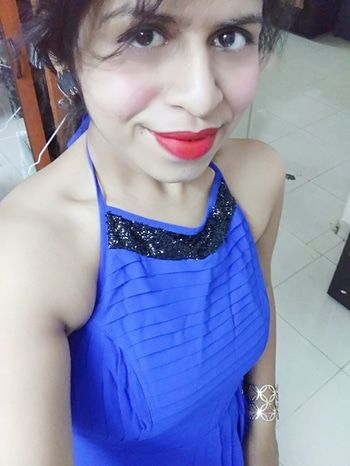 #partynight #bluedress #smiley #loveyourself