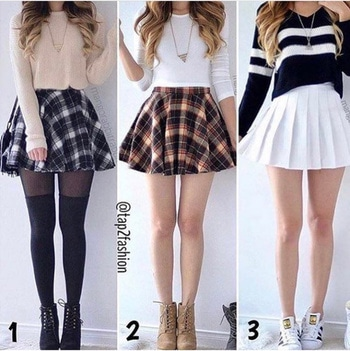 I love short skirts 😍😍  #lovethisoutfit #skirtlove #luxuryfashion #stylemantra #loveblogging 😙😙