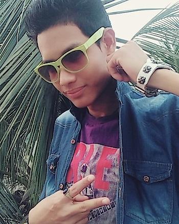 #photo #pic  #good #swag #cool #awesome  #better #like #like #likeme #comment  #followme #followmeonroposo
