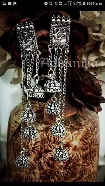 we all love #earrrings   #forsale #jewellerylove  #fashionjewellery  #longearrings