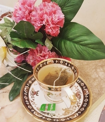 Green tea has many anti-inflammatory properties which helps to promote new hair growth. It contains vitamin B. Green tea contains DHT-blockers and many powerful antioxidants which help to strengthen your hair.  1. Boil 2 to 3 cups of water. Take the quantity according to the length of your hair.  2. Dip 2 green tea bags in hot water.  3. Let it cool down.  4. Shampoo your hair. 5. Then pour this mixture as your final rinse and massage it into your scalp.  This will soften your hair. Green tea also helps to curb dandruff and hair loss. It also adds volume to your hair.  #greentea#final#rinse#silky#smooth#hair#follow#beauty#beading#beauty#and#makeup#tips