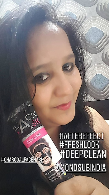 Recently I Recieved A Package In My Mail. When I Opened It, It Contains Two Facemasks By @mondsubindia. 1. Charcoal Peeloff Face Mask 2. Collagen Silk Face Mask  So, Today I Tried The Charcoal Face Wash And I Loved It😍  This product contains Volcanic Mud And Charcoal Powder, which has powerful penetration and can rapidly penetrate into bottom of the skin, thoroughlu cleaning pores. Makes the skin lool clean and bright. Added Abrutin extract, prevents melanin precipitation and keepd the skin whiter, brighter and beautiful.  #Delhiblogger #ghaziabadblogger #indianblogger #delhincr #product #mondsubindia #charcoal #peeloff #facemask #productreview #loveit #deepcleaning #whiterskin #brighterskin #beautifulme #beautifulskin