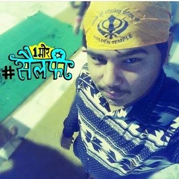 #feelingblessed #amritsar #goldentemple #waheguru waheguru ji #awesomeplace #ropo-style #ropo-love #1moreselfie