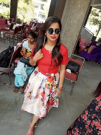 sexy isn't size , it's an attitude 😎😍😍 #sexy #fashionlover #college #fashionlook #redlove #reddress