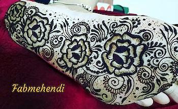 #henna #hennadesign #hennatattoo #love #mehendi #mehendi #fabmehendi #indian-mehndi #indianhenna #mehendidesign #mehendilove #hennaartist #mehendiartist #mehendiphotography #hennalovershitlike #hennaindia #bridalhenna #bridalhennaart #work #hustle #hustler #hustling #hustlehard #patience #passion
