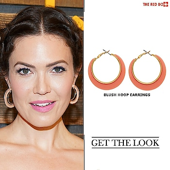 Be Minimalistic Chic with our Blush Hoop Earrings  à la MANDY MOORE  https://www.theredbox.co.in/en/get-the-look-mandy-moores-earrings/🤩 . . . . . #theredbox #crazysexycool #spiceitup #hoopearrings #mandymoore #getthelook #lookbook #celebstyle #celebrityfashion #trending #fashionpost #hollywood #blush #hoops #accesorize #2020fashion #shopthelook #shopmycloset #closet #cosmopolitan #vogue #india #LosAngeles #California #newyork #filmindustry #fashionholic #chic #chiclook #trendsetter