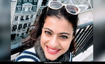 Dear Kajol, The Internet Just Loves Your Smile In This Pic (And So Do We)  #filmistaan #bollywood #kajoldevgan