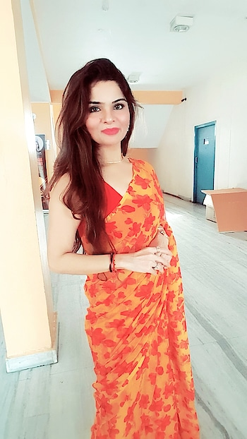 #sareelove #me #anikakhara #anikamkhara #imageconsultant #imagemanagementmantras