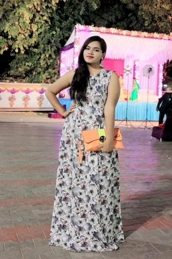 #fashion #style #beauty #makeup #glamlook #lastnight #colors #bright #selfie #pink #weddingdiaries #fashionblogger #instabeauty #instastyle #instafashion #styleblogger #beautyblogger #ahmedabadblogger #selfiegame #indianblogger #shopaholicpals #ootd