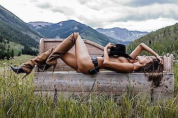 Boots.... Supermodel Alessandra Ambrosio for Victoria's Secret... #womensfashion #womensstyle #fashionforwomen #blog #blogger #fashionista #accessoreries #designer #luxury #lifestyle #couture #ootd #picoftheday #dress #shorts #heels #shoes #adityathaokar #maleblogger #indianfashionblogger #winterstyle #fall #fallfashion #indianfashionblogger #boots #highheels #hat #highfashion