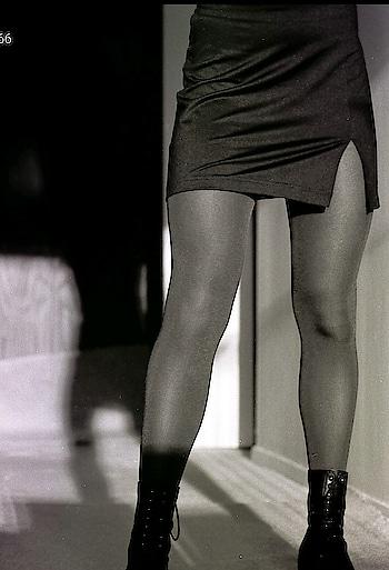#black #miniskirt #tights #ankkeboots #boots @paulalf #legs #shadow