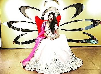 #weddingdiaries #lehengasaree #lehenga-for-wedding #stylishclothes #roposo #soroposo #roposotalenthunt #hyderabadfashionblogger #hyderabadblogger #ethnicwearonline #ethniclook