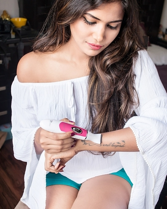 New post coming up soon but before that have you read the previous post about @syska.india bikini trimmer 💯❤ . . 📸 - @kanakaksharma  #wardrobesecrets #hairremoval #bikinitrimmer #syska #picoftheday #cleanskin #skincare