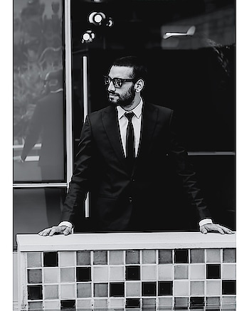 dress classic , be bold , be stylish .  . . . . #fashion #blogger #thedapperstreet #fashionable #roposo #roposolove #roposo-style #suitup #ebtertain #videos # Delhi #funny #enjoy