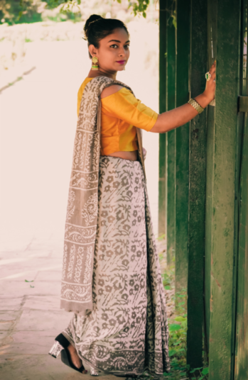 Ethnic Look of the Day . #rangoli #lookgoodfeelgood #be-fashionable   #fashionquotient #traveldiaries #musafir #fashionquotient  #rangoli #filmistaan #ootn #topnotch #roposostars   #trending #fashiondiaries #roposotalks #ropocontest   #ootd #fashionblogger #captured  #roposo-photoshoot #photography #delhibloggergirl  #twinklewithmystyle #wow #beats #punjabiway #fashionkajalwa #captured #celebrations