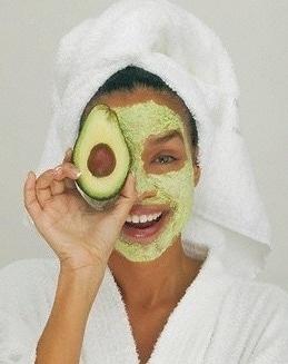 #avocado #beautyhacks #acnefree #revitalising #skincareblogger #ayurvedicskincare #homebeautytip #greentea #darkcircles #darklips #freckles #pimplefree #fairness #glowingskin