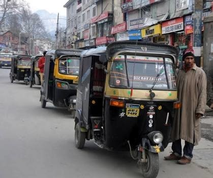 RTO Issues Auto-Rickshaw Fares Rs 17 Has Been Fixed For First Kilometer.  Regional Transport Office, Kashmir today issued auto-rickshaw fares as per distance one has to hire a three-wheeler. Rs 17 has been fixed as fare payable for first kilometer and Rs 13 is chargeable for subsequent kilometers. Further, waiting charges have been set as Rs 25 per hour, while as there will be luggage charges up to 25kgs and beyond that 25 percent of the applicable fare shall be charged https://www.facebook.com/JournalistNasir007/