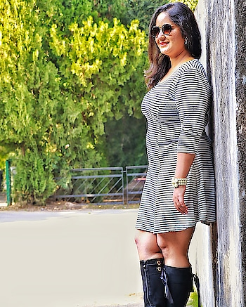 Hey there! How'd your Monday go? It's been raining here since morning so couldn't get much done but did shoot some amazing new stuff today that's coming your way soon.  How about you? . . . #mdblogs  #chandigarhblogger  #fashionphotography  #fashionblogger  #sweaterdress  #boots  #blackandwhite  #sukhnalake #pu  #creatorshala  #sunglasses
