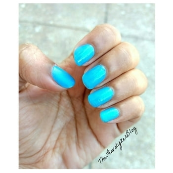 Blue💙 #manicure #nailart #nailfie #notd #nailarts #nailsoftheday #nail #nailsdone #nailpolish #nailsart #nails💅 #nailpaint #nailvarnish #bloggerindia #indianreviewblogger #indianblogger #beautyblogger #blogger #prfriendly #bloggerstuff #indianbeautyblogger #nailaddict #nailartaddict #friday #tgif #nailpolishaddict #polishgirl #love #iphone7