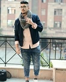 #fashion #fashionblogger #delhiblogger #amityuniversity #amitynoida #indianblogger #londonblogger #style #stylist #personalstylist #saudiblogger #outfitoftheday #ootd #blog #blogger #love #hat #glasses #photographer #mumbaiblogger #photoshoot #fashionista #menswear #menshair #classic #fashionfabels