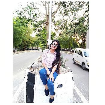 Nobody really cares if you're miserable, so you might as well be happy ❤️ . . . . . . . . #BabesOfSBL #mastandharbour #amazon #lifestyle #reliance #fashionblogger #blog #stylediaries #indianfashionsquad #thespeakingportrait #OOTD #fashionstyle #fashionblogging #blogger #bloggerlife #styleblogger #lookbook #fashiontrend #roposo #roposobabe #POPxoDaily #bloggersofindia #SDMDaily #WFB #ThisIsNewLook #TheFashionistasDiary #myntrafashion