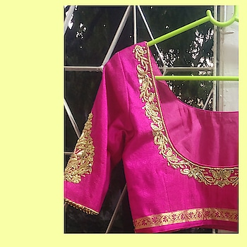 Did you get a beautiful saree/lehenga but not so happy with the blouse? Fret not, customize your blouse and complete the look.  Go for the off-beat designs, fancy laces and drool-worthy embroideries, you name it and we offer it all! 💕  #aira #airabyaishwarya #fashiondesigner #customized #fashion #designer #blouse #designs #borders #laces #embroidery #cuts #patterns #stitching #designing #dmfororders #pune #punedesigners