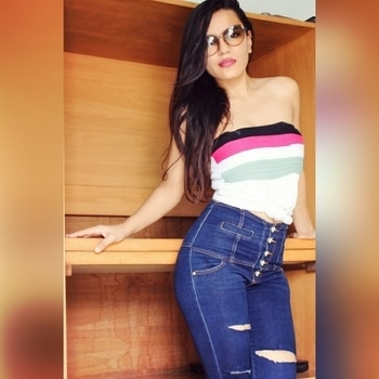 If you are your authentic self, you have no competition. #lovewhatyouwear  #rippedjeans  #tubetop  #sunglasses  #hot  #confident  #instapic  #instadaily  #picoftheday  #stayinshape #pinklips  #minimalmakeup  #lovewhatyouare  #sexy  #delhigirl  #dehradun  #lookamazing #vintage