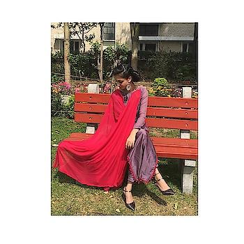 #throwbackpic #modellife #designer #blogger #stylishlook #rops-style #staytuned