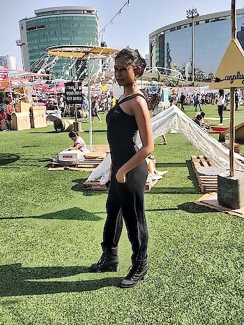 Pliepalazzo At TheLilFlea!  #pliepalazzo #pliepalazzoinbombay #pliepalazzoatthelilflea #blogger #fashionblogger #indianfashionblogger #fashionbloggerindia #fashiondiaries #lookoftheday #ootd #outfitoftheday #soroposo #roposolove #boots #koovs