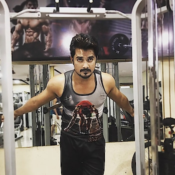 When you don't know where you will land. Keep Moving!  #fitness #fitnessmotivation #dedication #passion #hobby #fittlife #stayfit #focus #attitude #blog #fitnessblog #gym #gymlife #workout #bodybuilding #photography #dilshadfitness