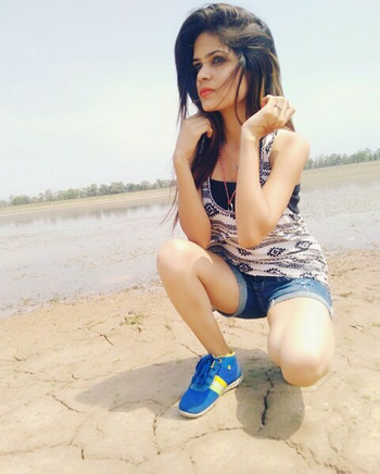 #coollook#swag#shorts#lake#chandigarhblogger#