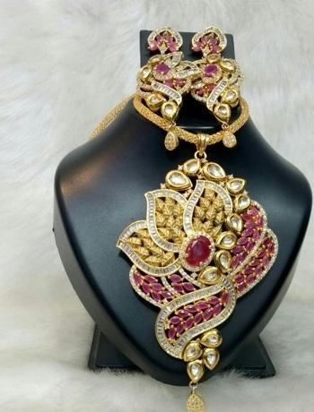 2650/- #roposofashion #roposodaily #ropo-love #roposojewellery #roposobeauty #fashieonmoments #fashionearrings #trendingnow #trendycollectio #trendalert #funkyfashion #trendyearinngs #earrings #oxidized #roposotimes #roposojewellery #jewellery #jewellerylove #roposolive #roposogal #roposojewels #roposolove #accessorylove #accessorieslove #accessorize #roposoaccessories #roposoaccessory #jewellerylove #jewellerylover